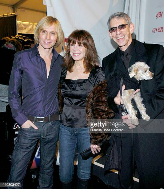 Marc Bouwer Marlo Thomas and Richard Belzer during MercedesBenz Fashion Week Fall 2007 Marc Bouwer Backstage and Front Row at The Salon Bryant Park...