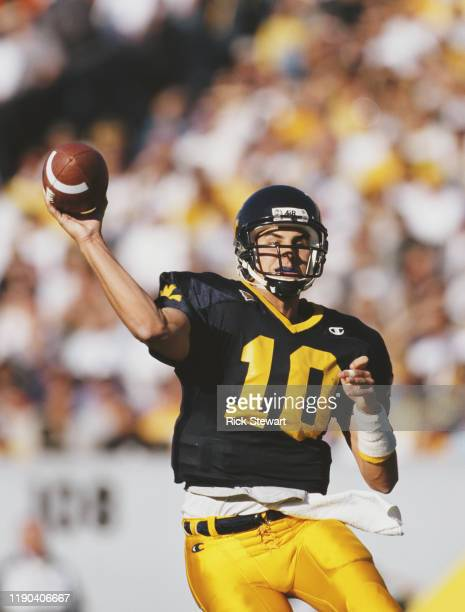 Marc Bulger, Quarterback for the University of West Virginia Mountaineers during the NCAA Big East Conference college football game against the...