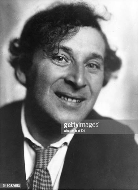 Marc Chagall *07.07.1887-+ Painter, Russia / France - portrait - 1928 - photo: Atelier Ruth Asch