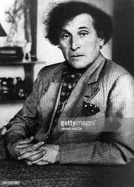Marc Chagall *07071887 Painter Russia / France portrait undated