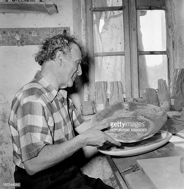 Marc Chagall at the Madoura ceramics workshop in 1948 in Vallauris France
