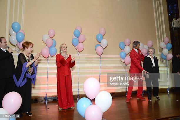 Marc Cherry Nancy Dussault Anne Jeffreys Tommy Tune and June Lockhart attend the the Actors Fund's 17th annual Tony Awards viewing party held at...