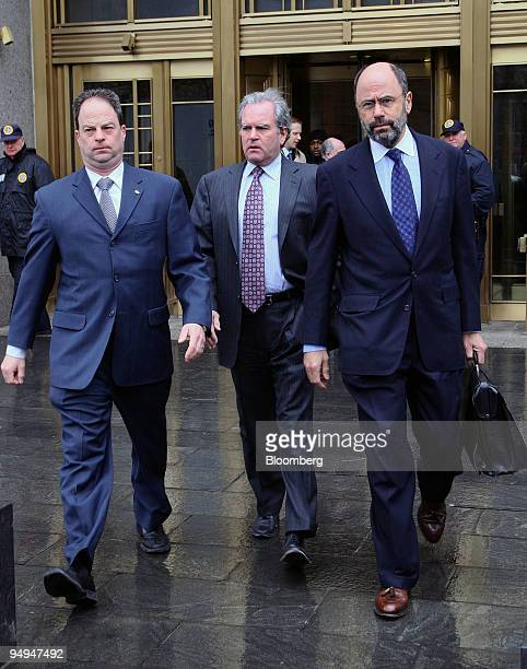 Marc Dreier, founder of Dreier LLP, leaves federal court after a hearing with his attorney Gerald Shargel, right, in New York, U.S., on Thursday,...