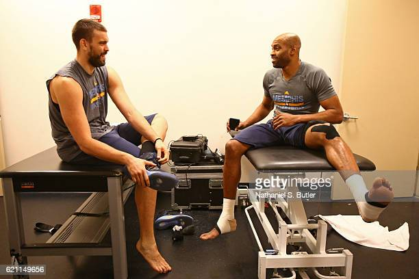Marc Gasol and Vince Carter of the Memphis Grizzlies talk and get ready before the game against the New York Knicks on October 29 2016 at Madison...