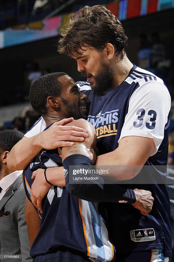 Memphis Grizzlies v New Orleans Hornets : News Photo