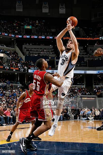 Marc Gasol of the Memphis Grizzlies shoots the ball over Lorenzen Wright of the Cleveland Cavalier during the game on January 13 2009 at FedExForum...