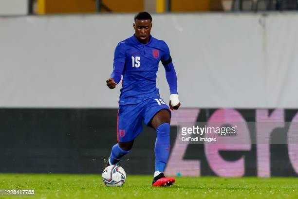 Marc Guehi of England controls the ball during the UEFA Euro Under 21 Qualifier match between Austria U21 and England U21 at Keine Sorgen Arena on...