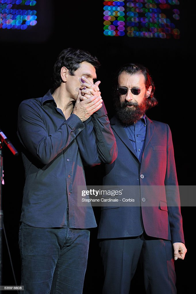 Marc Lavoine and J.P. Nataf perform live during the celebration of Prix Constantin 2010 at L'Olympia, in Paris