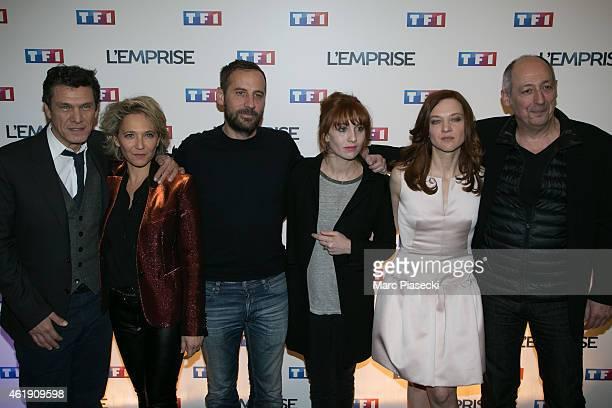 Marc Lavoine Micky Sebastian Fred Testot Lolita Chammah Odile Vuillemin and Sam Karmann attend the 'L'Emprise' photocall at Cinema Arlequin on...