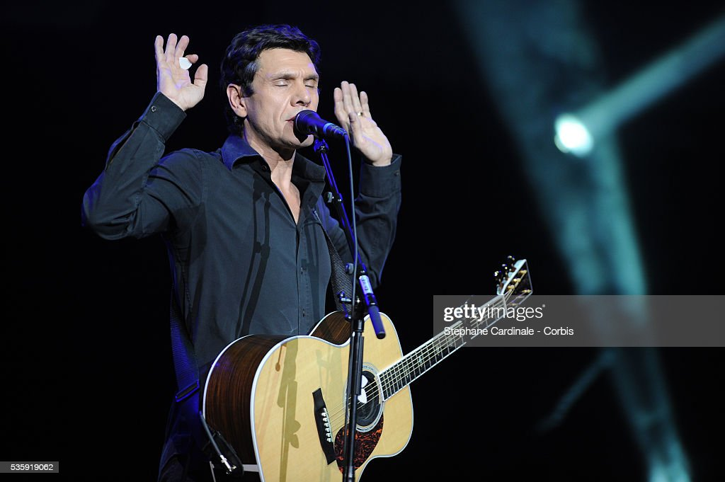 Marc Lavoine performs live during the celebration of Prix Constantin 2010 at L'Olympia, in Paris