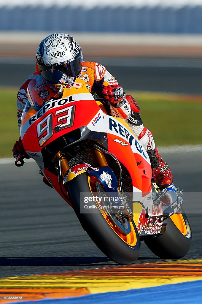 Marc Marquez of Spain and Repsol Honda Team heads down a straight during the MotoGP Test in Valencia at Ricardo Tormo Circuit on November 15, 2016 in Valencia, Spain.