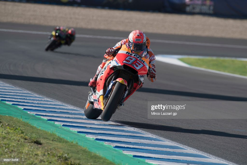 Marc Marquez of Spain and Repsol Honda Team heads down a straight during the qualifying practice during the MotoGp of Spain - Qualifying at Circuito de Jerez on May 5, 2018 in Jerez de la Frontera, Spain.