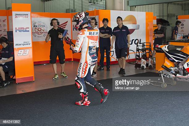 Marc Marquez of Spain and Repsol Honda Team returns in box during the MotoGP Tests in Sepang Day One at Sepang Circuit on February 23 2015 in Kuala...
