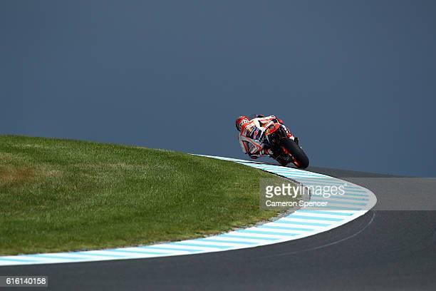 Marc Marquez of Spain and Repsol Honda Team rides during free practice for the 2016 MotoGP of Australia at Phillip Island Grand Prix Circuit on...