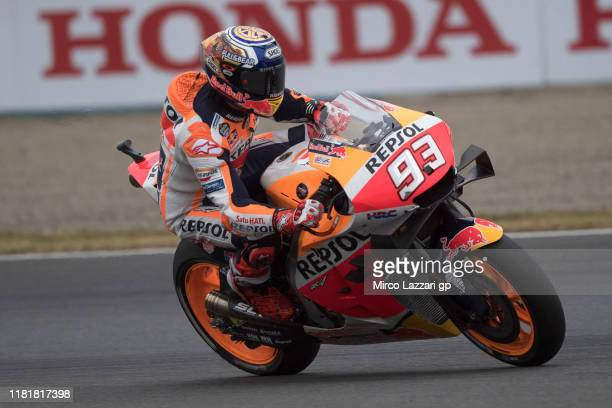 Marc Marquez of Spain and Repsol Honda Team rounds the bend during the MotoGP of Japan - Free Practice at Twin Ring Motegi on October 18, 2019 in...