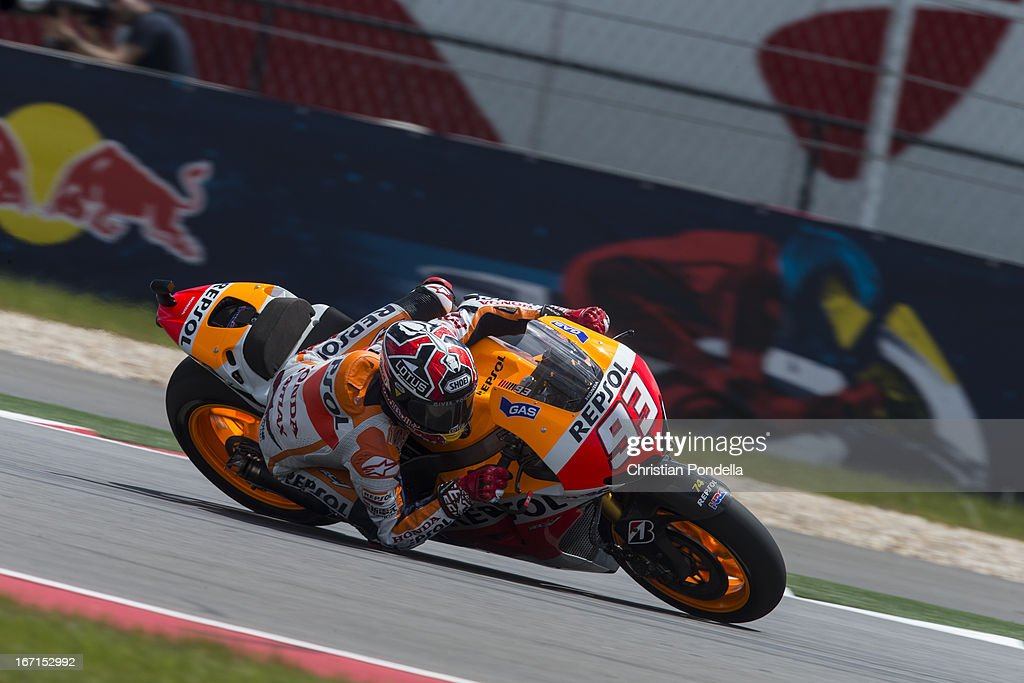 Marc Marquez of Spain and Repsol Honda Team rounds the bend during the MotoGP Red Bull U.S. Grand Prix of The Americas - Race at Circuit of The Americas on April 21, 2013 in Austin, Texas.