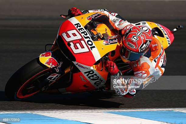 Marc Marquez of Spain and the Repsol Honda Team leads competitors during the 2015 MotoGP of Australia at Phillip Island Grand Prix Circuit on October...
