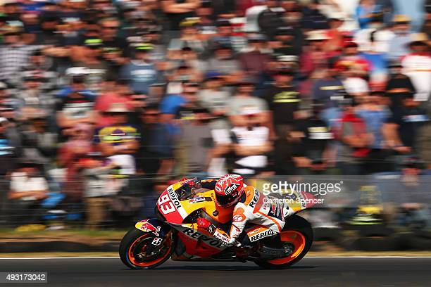Marc Marquez of Spain and the Repsol Honda Team races during the 2015 MotoGP of Australia at Phillip Island Grand Prix Circuit on October 18 2015 in...