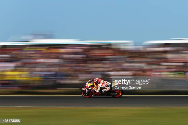 Marc Marquez of Spain and the Repsol Honda Team races during the 2015 MotoGP of Australia at Phillip Island Grand Prix Circuit on October 18 2015 in...