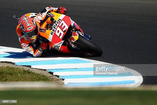 Marc Marquez of Spain and the Repsol Honda team rides during qualifying for the 2015 MotoGP of Australia at Phillip Island Grand Prix Circuit on...