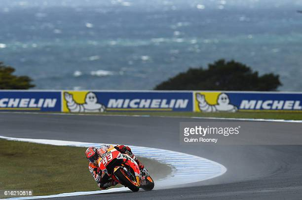 Marc Marquez of Spain and the Repsol Honda Team rides during qualifying for the 2016 MotoGP of Australia at Phillip Island Grand Prix Circuit on...