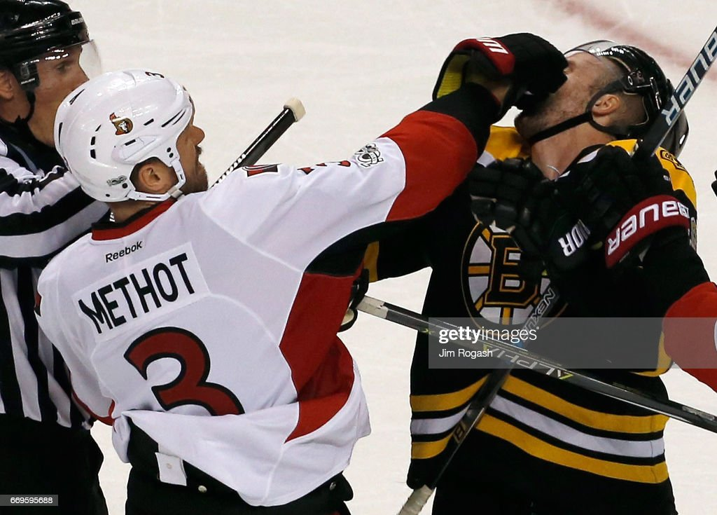 Ottawa Senators v Boston Bruins - Game Three : News Photo