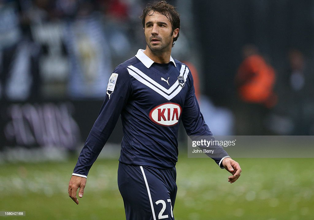 Marc Planus of Bordeaux in action during the French Ligue 1 match between Stade de Reims and Girondins de Bordeaux at the Stade Auguste Delaune on December 9, 2012 in Reims, France.
