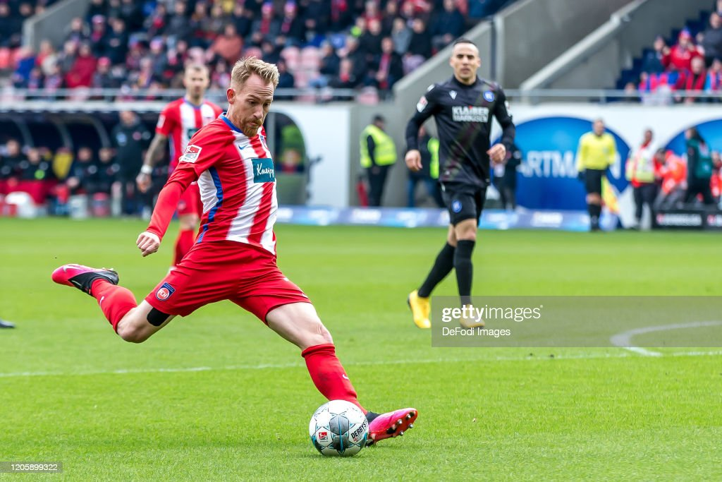 1. FC Heidenheim 1846 v Karlsruher SC - Second Bundesliga : News Photo