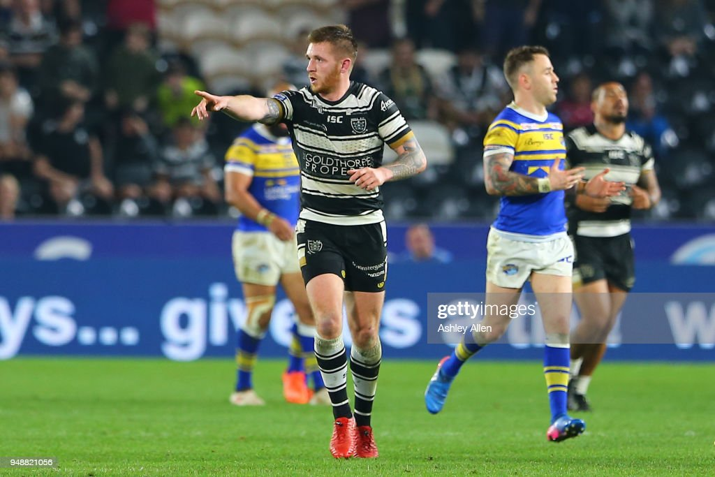 Marc Sneyd of Hull FC scores the winning point during the BetFred Super League match between Hull FC and Leeds Rhinos at the KCOM Stadium on April 19, 2018 in Hull, England.