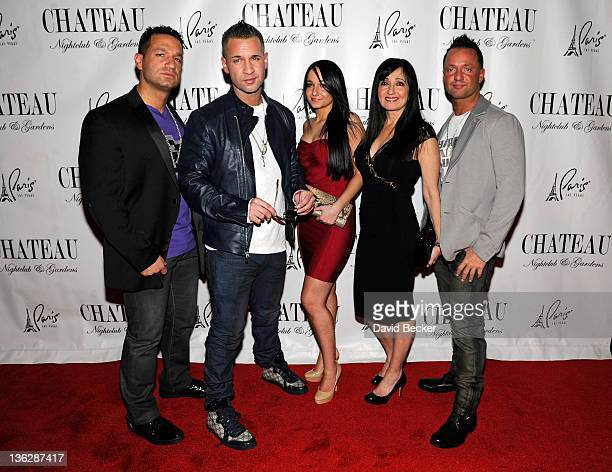 Marc Sorrentino television personality Mike 'The Situation' Sorrentino Melissa Sorrentino Linda Sorrentino and Frank Sorrentino Jr arrive at the...