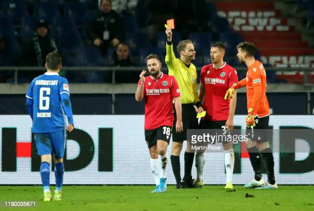 Marc Stendera of Hannover is sent off by referee Martin Thomaen by yellow red card during the Second Bundesliga match between Hannover 96 and SV...