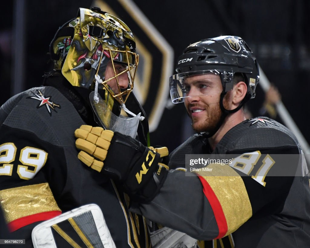San Jose Sharks v Vegas Golden Knights - Game Five : News Photo