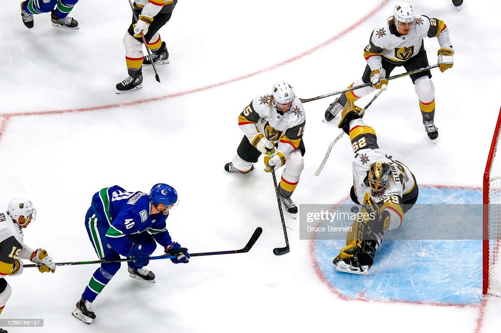 Vegas Golden Knights v Vancouver Canucks - Game Four : News Photo