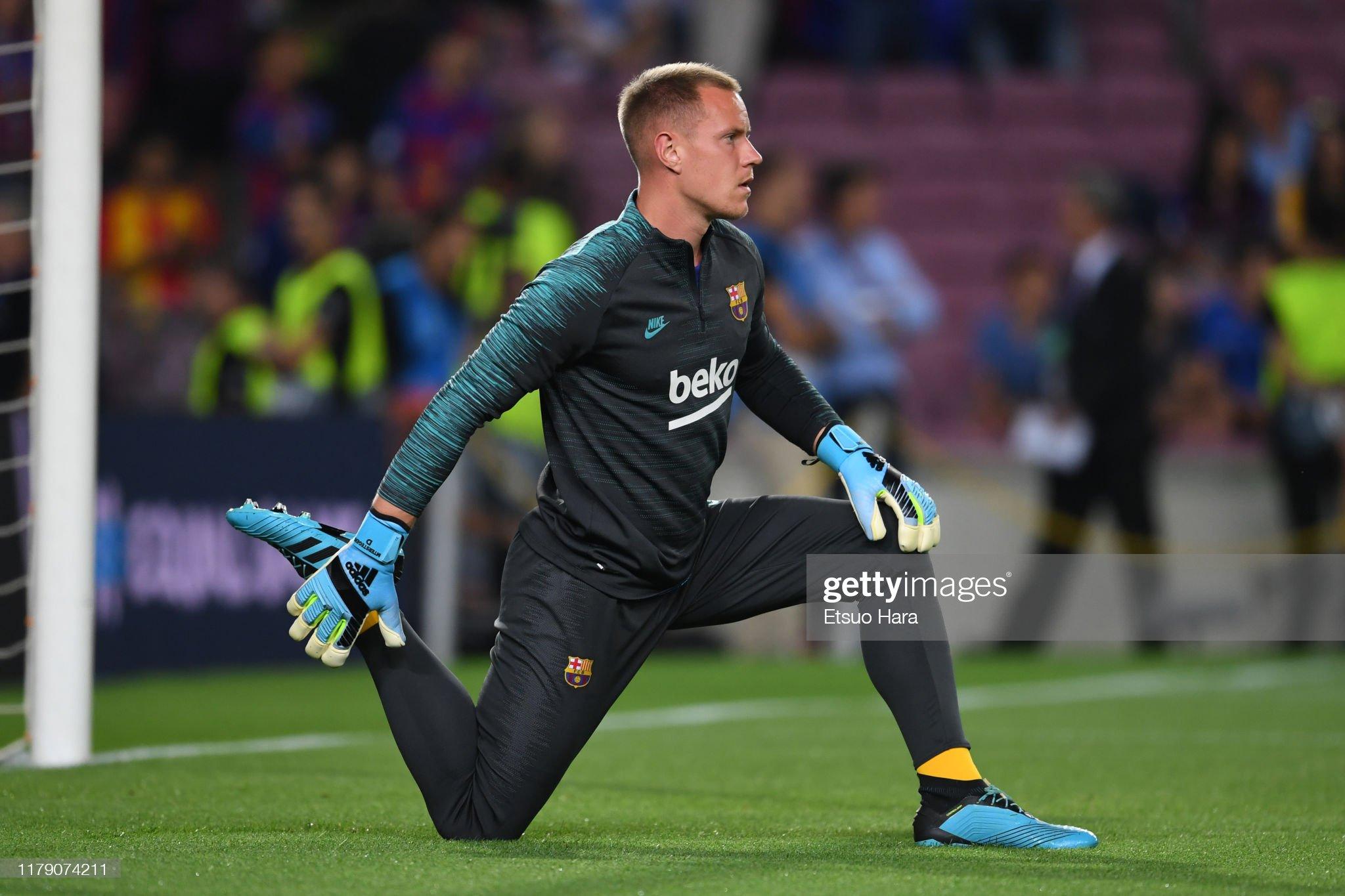 صور مباراة : برشلونة - إنتر 2-1 ( 02-10-2019 )  Marcandre-ter-stegen-of-fc-barcelona-warms-up-prior-to-the-uefa-f-picture-id1179074211?s=2048x2048