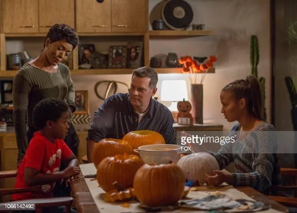 Marcanthonee Jon Reis Angela Bassett Peter Krause and Corinne Massiah in the Haunted episode of 911 airing Monday Oct 29 on FOX