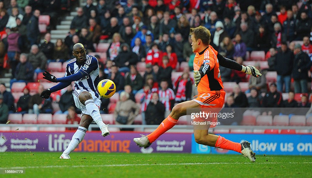 Marc-Antoine Fortune of West Brom scores to make it 4-2 during the Barclays Premier League match between Sunderland and West Bromwich Albion at the Stadium of Light on November 24, 2012 in Sunderland, England.