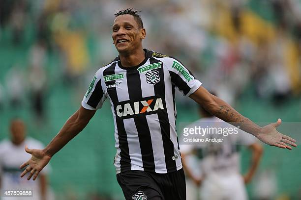 Marcao of Figueirense celebrates his second goal, fourth of Figueirense, during a match between Figueirense and Coritiba as part of Campeonato...