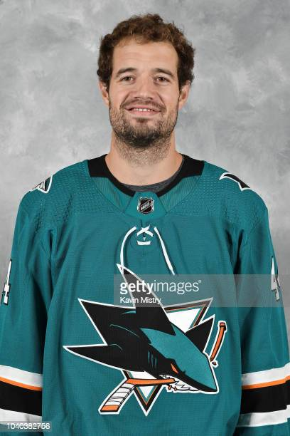 MarcEdouard Vlasic of the San Jose Sharks poses for his official headshot for the 20182019 season at Solar4America on September 13 2018 in San Jose...