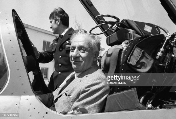 Marcel BleusteinBlanchet lors du baptême du nouveau Mirage F1 sur la base aérienne d'Orange le 27 avril 1975 France