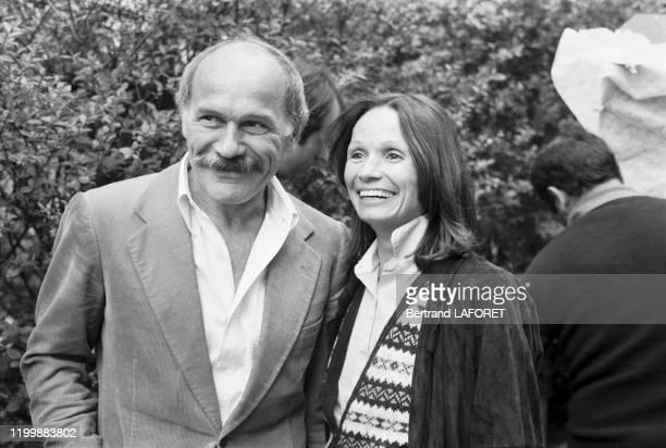 Marcel Bozzuffi sur le tournage du film 'La veuve rouge' réalisé par Edouard Molinaro Paris avril 1982 France
