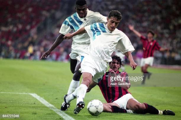 Marcel DESAILLY / Jean Jacques EYDELIE / Gianluigi LENTINI Marseille / Milan AC Finale de la Ligue des Champions 1993 Photo Alain Gadoffre / Icon...