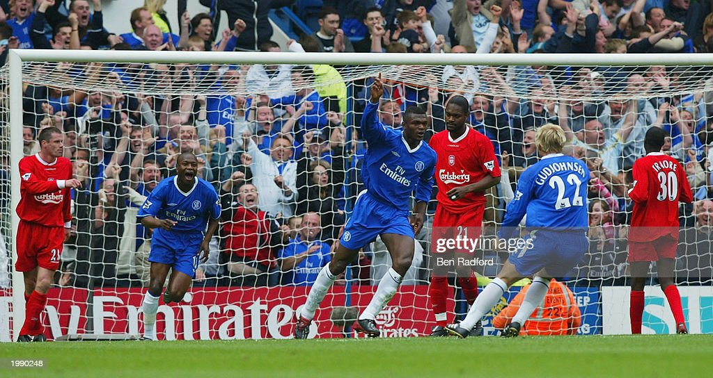 Desailly celebrates scoring Chelsea first goal : News Photo