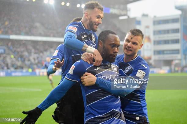 Marcel Hartel Reinhold Yabo and Florian Hartherz of Bielefeld celebrate during the Second Bundesliga match between DSC Arminia Bielefeld and Hannover...
