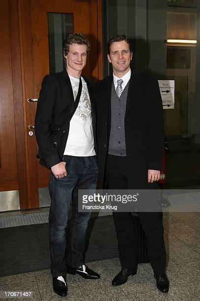 """Marcel Jansen Und Oliver Bierhoff Nach Der Aufzeichnung Der Ard Talkshow """"Sabine Christiansen - Mein 2008"""" In Berlin Am 090108"""