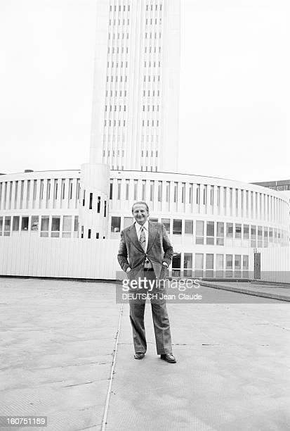 Marcel Jullian Creator Of The Tv Serie Les Fargeot Paris 23 et 24 Septembre 1974 Marcel JULLIAN réalisateur et scénariste français PDG de la seconde...