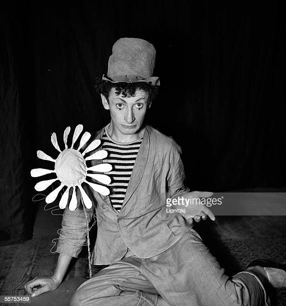 """Marcel Marceau in """" Pantomines """". Paris, theater of Poche. March 1947. LIP-9285-042."""