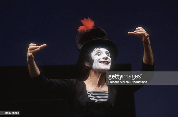 Marcel Marceau Performing in Paris