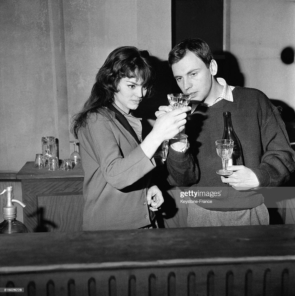 Marcel Pagnol's Play 'Marius' With Catherine Rouvel And Jean-Louis Trintignant At The Théâtre Des Variétés : Nyhetsfoto