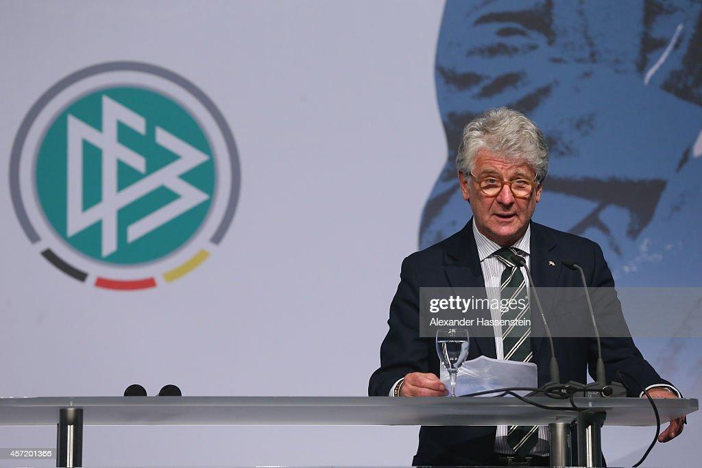 Julius-Hirsch-Preis Awarding Ceremony : News Photo