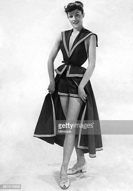 Swimming Costume Photos Et Images De Collection Getty Images